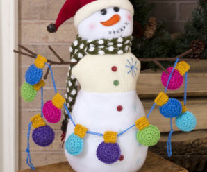 More Christmas Crochet from Red Heart Yarn – 37 free patterns