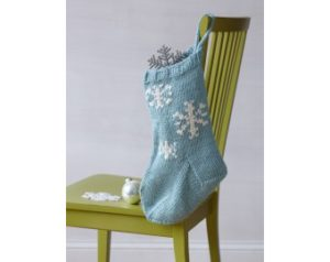 knit-pattern-festive-snowflake-stocking-l10147-a