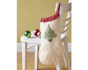 knit-pattern-festive-tree-stocking-l10413-a
