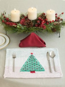 knit-pattern-tree-table-mat-l40321