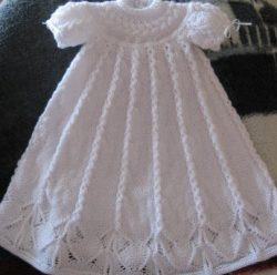 Christening Gowns to Knit – free patterns