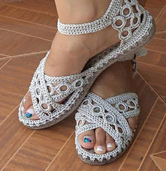 Fancy Your Flip Flops with Crochet – 16 free patterns