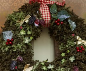 Knit Christmas Wreath patterns – free