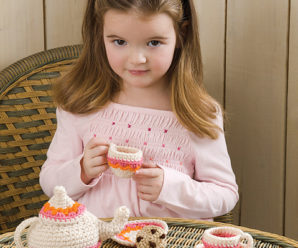 Fun Christmas Cookies to Knit and Crochet – free patterns