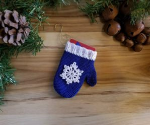 Crochet a Christmas Gift Card Holder – 17 free patterns