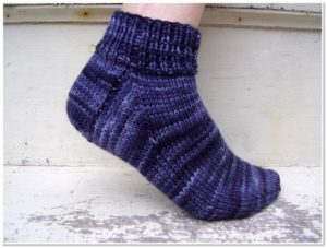 Easy Socks to Knit for Fall – free patterns – Grandmother's Pattern Book
