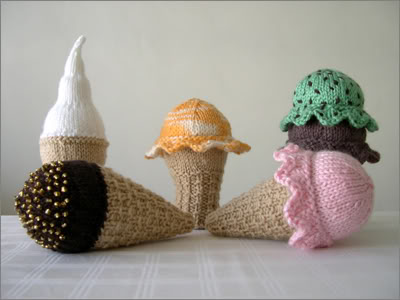 Melty the Ice Cream Cone Free Crochet Pattern • Spin a Yarn Crochet | 300x400